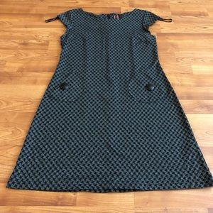 Dresses & Skirts - Houndstooth print A-line shift dress